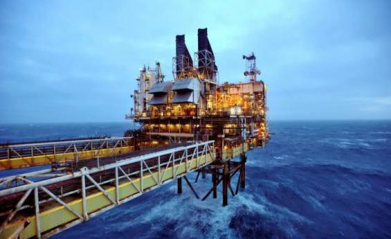 BP logra victoria sobre Greenpeace en caso sobre campo petrolero en el Mar del Norte