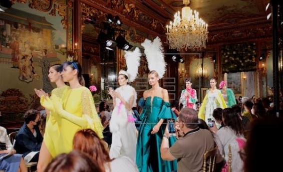 La moda nupcial toma las calles de Madrid en Atelier Couture