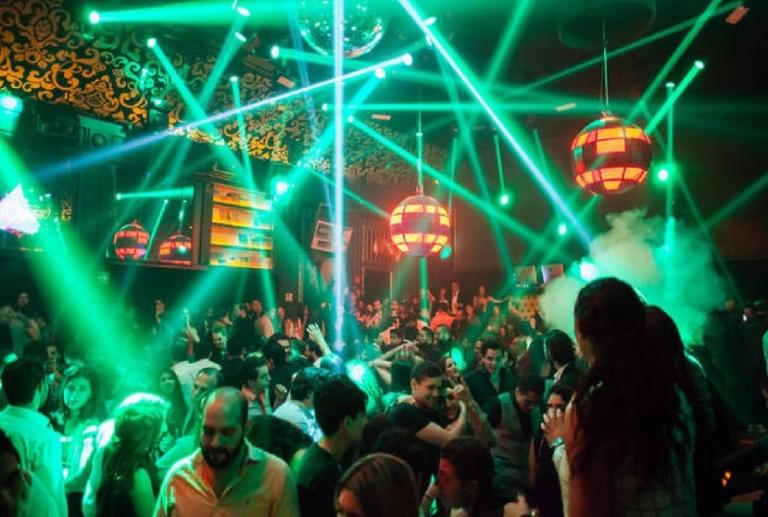 CDMX reportó más de 44,000 fiestas en medio de la tercera ola por COVID-19