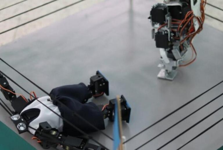 Invitan a participar en curso para la construcción de robots
