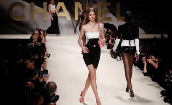 Chanel pone una nota juguetona para la primavera
