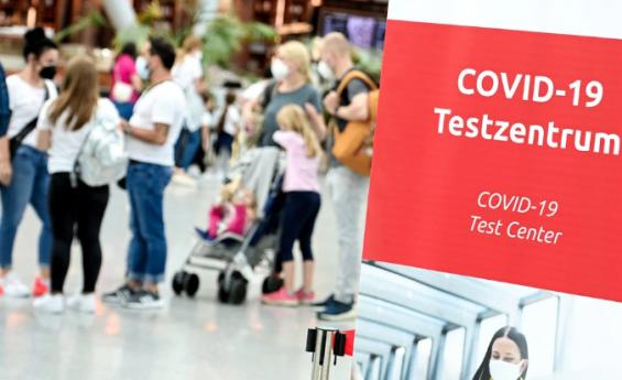 Líderes regionales instan a Berlín a imponer un test negativo a los viajeros no vacunados