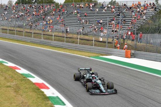 Aston Martin confirma a Stroll y Vettel para temporada 2022 de la F1